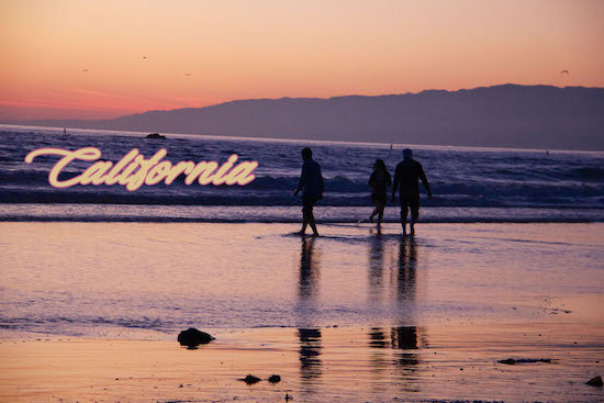 SmartLogic Greetings From California, Photo by Matt Menefee